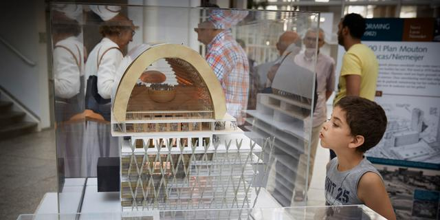 Haags cultuurpaleis verder op losse schroeven