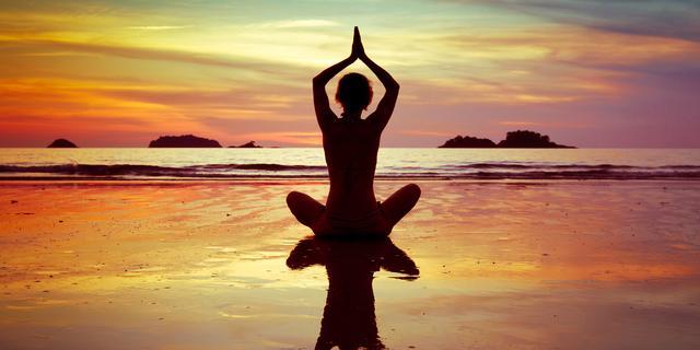 Grootste yogaschool van Nederland opent in Amsterdam