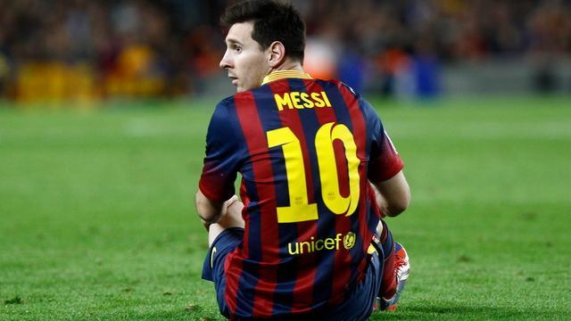 Messi nadert rentree bij Barcelona na hamstringblessure