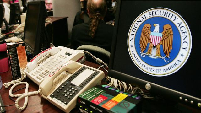 'NSA kan versleuteling mobiele telefoongesprekken kraken'