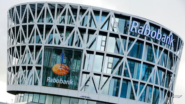 Rabobank haalt teugels aan bij internationale tak