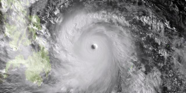 Zeer zware tyfoon Haiyan teistert Filipijnen