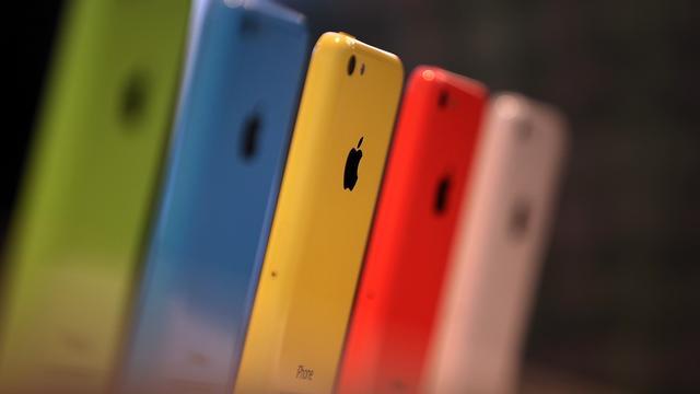 'Nieuwe iPhone wordt ook in rood, blauw en oranje verkocht'