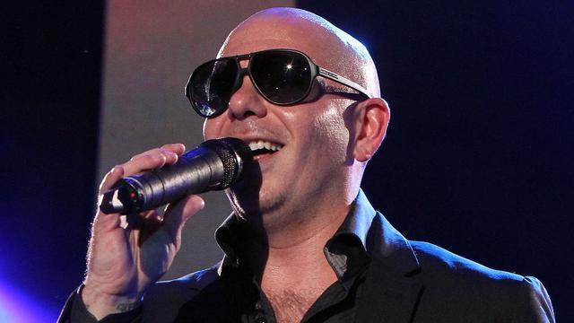 Pitbull wilde Rihanna strikken voor hitsingle