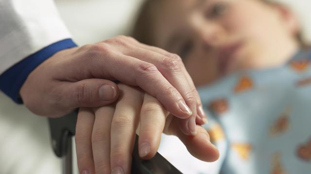 'Maak euthanasie mogelijk voor meer kinderen'