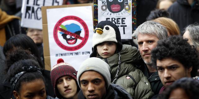 Ombudsman noemt arrestaties Sinterklaasintocht 2011 onterecht