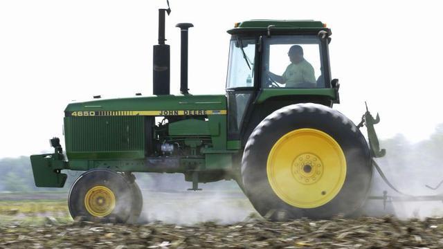 Tractorbouwer John Deere verhoogt omzetverwachting door verbeterde markt