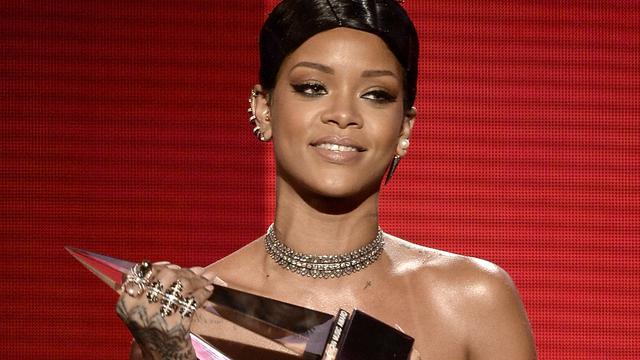 Rihanna wint vier iHeartRadio Music Awards