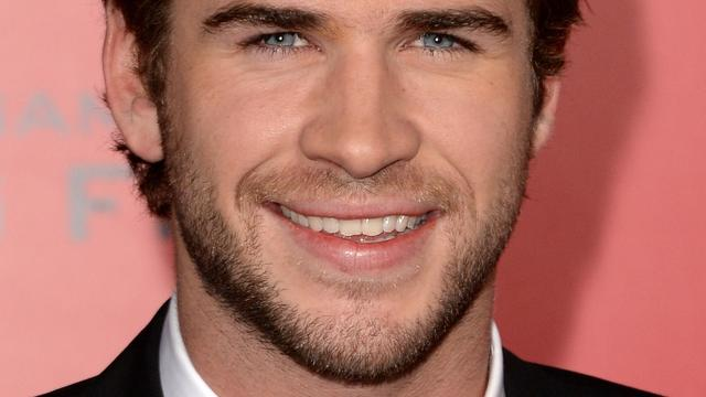 Liam hemsworth dating nu