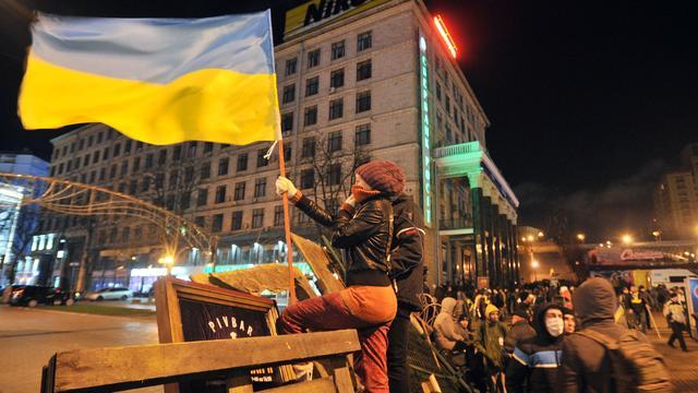 Oppositie Kiev omsingelt regeringsgebouw