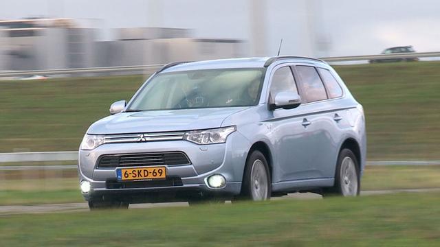 Mitsubishi bereikt mijlpaal van 10.000 Outlanders PHEV