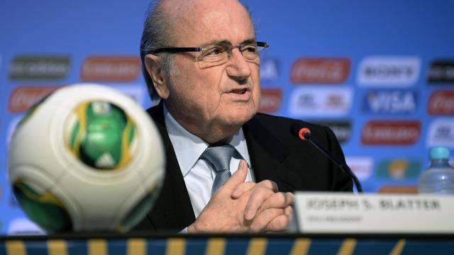 'Man valt in slaap bij toespraak Sepp Blatter'