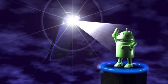 Google verwijdert malafide zaklamp-apps uit de Play Store