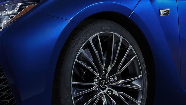 Lexus toont snelle RC-F in Detroit
