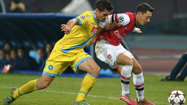 Arsenal en Borussia Dortmund verder in Champions League