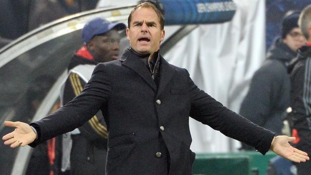 De Boer spreekt schande van scheidsrechter en Milan-spelers