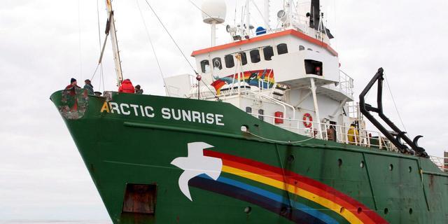 Arctic Sunrise vaart terug naar Nederland