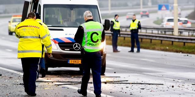 Politie houdt vluchtende spookrijder aan op A17 bij Roosendaal