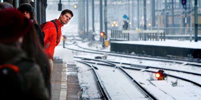Seinstoring leidt tot problemen treinverkeer rond Schiphol