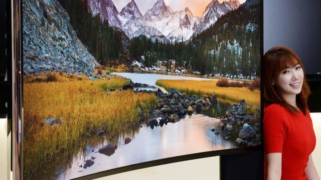 Samsung en LG ontwikkelen grootste gebogen tv's ooit
