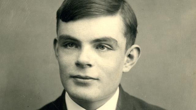 'Britse geheime dienst biedt oorlogsheld Alan Turing excuses aan'