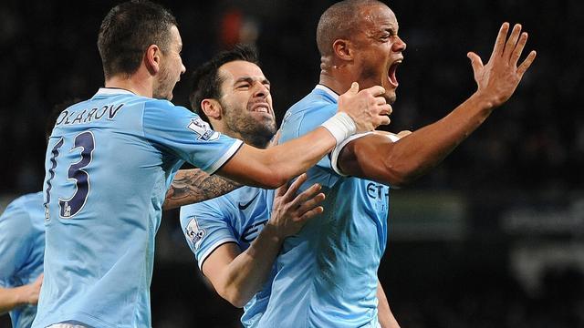Manchester City wint topper tegen Liverpool
