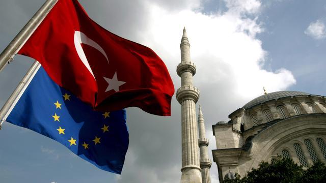Turkse minister wijst EU-kritiek van de hand