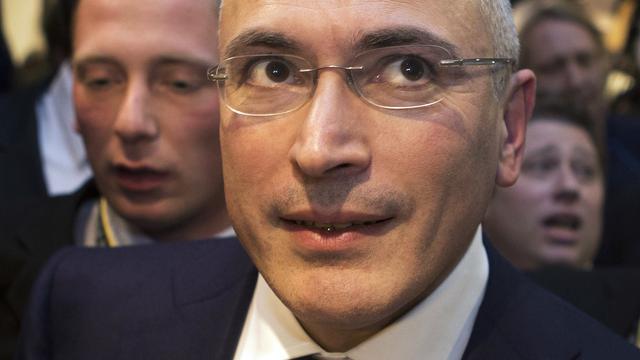 Chodorkovski niet naar begrafenis moeder