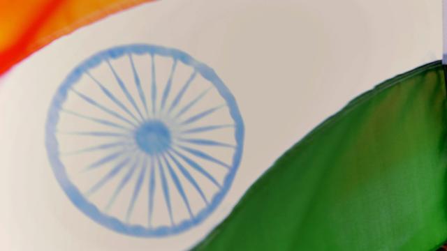 Elf doden in India door instorten van muur