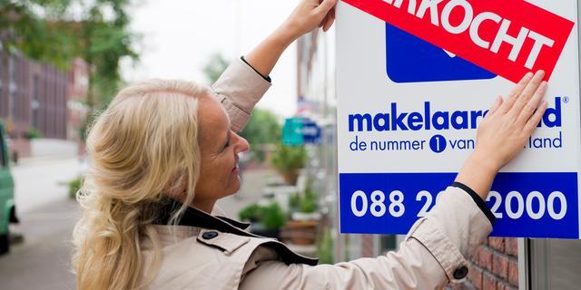 Huizenkopers nemen grotere risico's bij financiering dankzij krappe markt
