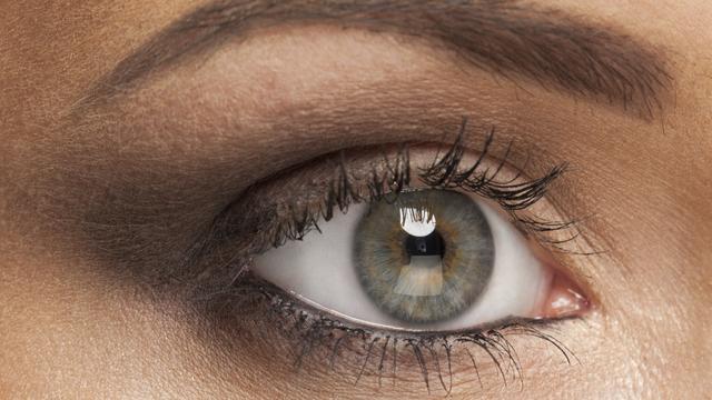Lichte oogkleur vergroot kans op zeldzaam oogmelanoom