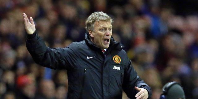 United wint eindelijk weer, Chelsea voorlopig koploper