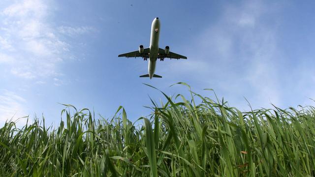 'Makkelijker vergoeding bij vertraagd vliegtuig'