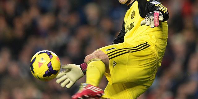 Doelman Cech verbreekt record bij Chelsea