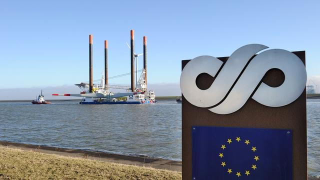 Eemshaven verwelkomt eerste LNG-schip