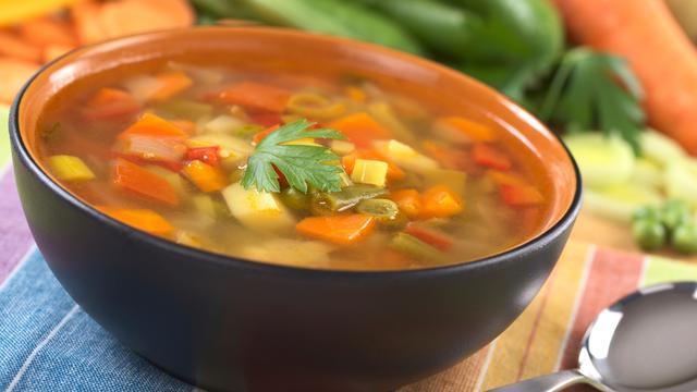 Extra verzadigende soep ontwikkeld voor afvallers