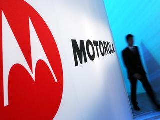 Duurdere telefoons krijgen de naam Moto by Lenovo