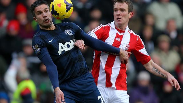 Manchester United onderuit ondanks treffer Van Persie