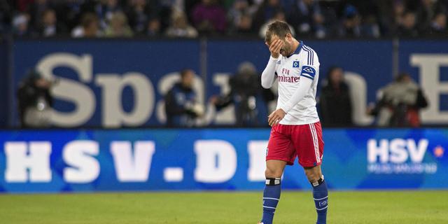 HSV-spelers belaagd door eigen supporters