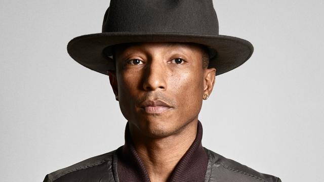 Pharrell Williams vangt 44 duizend dollar voor hoed