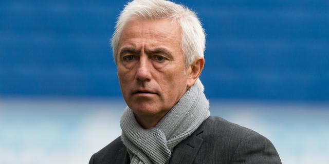Clubleiding HSV behoudt vertrouwen in Van Marwijk