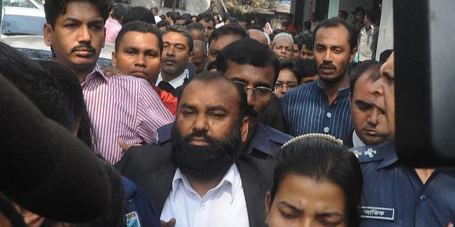 Eigenaren afgebrande fabriek Bangladesh ingerekend