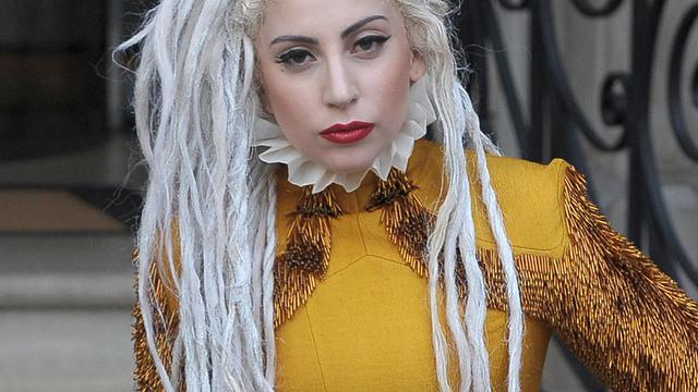 Lady Gaga zegt optredens af vanwege bronchitis