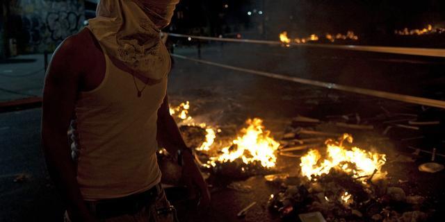 Venezolaanse oppositie legt verkeer Caracas stil