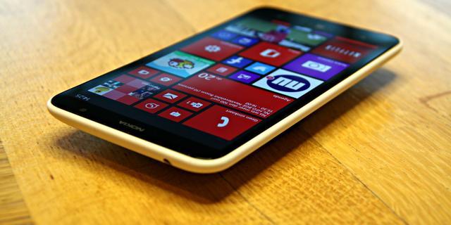 Review: Degelijke Lumia 1320-phablet met matige camera