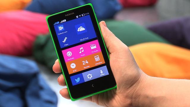 Nokia toont smartphones met aangepaste versie van Android