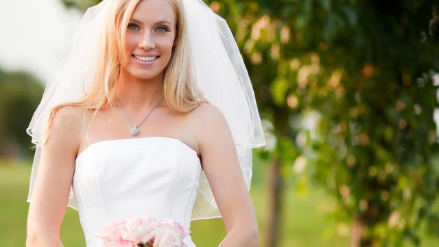 Helft vrijgezelle vrouwen heeft bruiloft al gepland