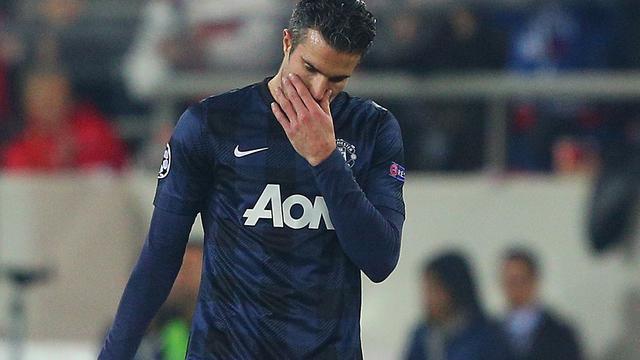Van Persie lijdt pijnlijke nederlaag met Manchester United