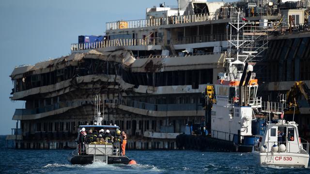 Berging Costa Concordia opgeschort voor onbepaalde tijd