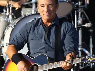 The Boss zingt Stayin' Alive tijdens show in Brisbane